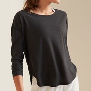 Old Navy Breathe On Active Long Sleeve Top